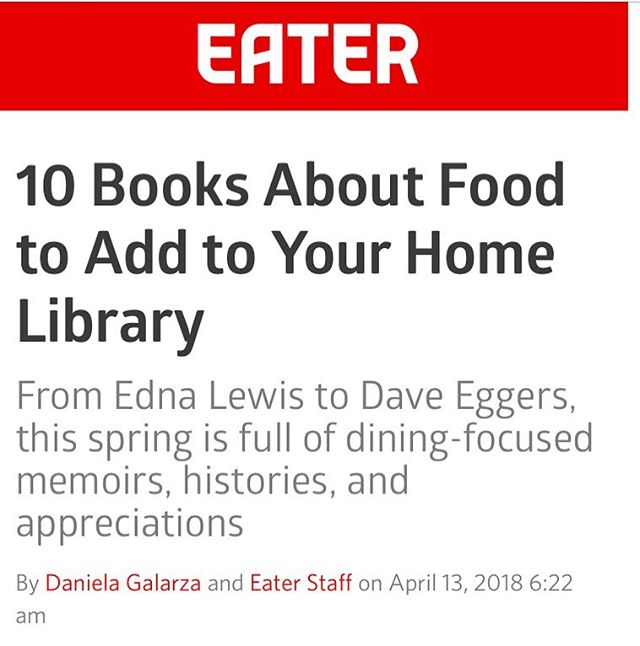 If you haven't already added THE MONK OF MOKHA to your library, @eater suggests you do! #daveeggers #mokhtaralkhanshali #bookstagram #bookish #foodbooks #nonfiction #coffee #thirdwavecoffee #yemen #portofmokha 🍽📚