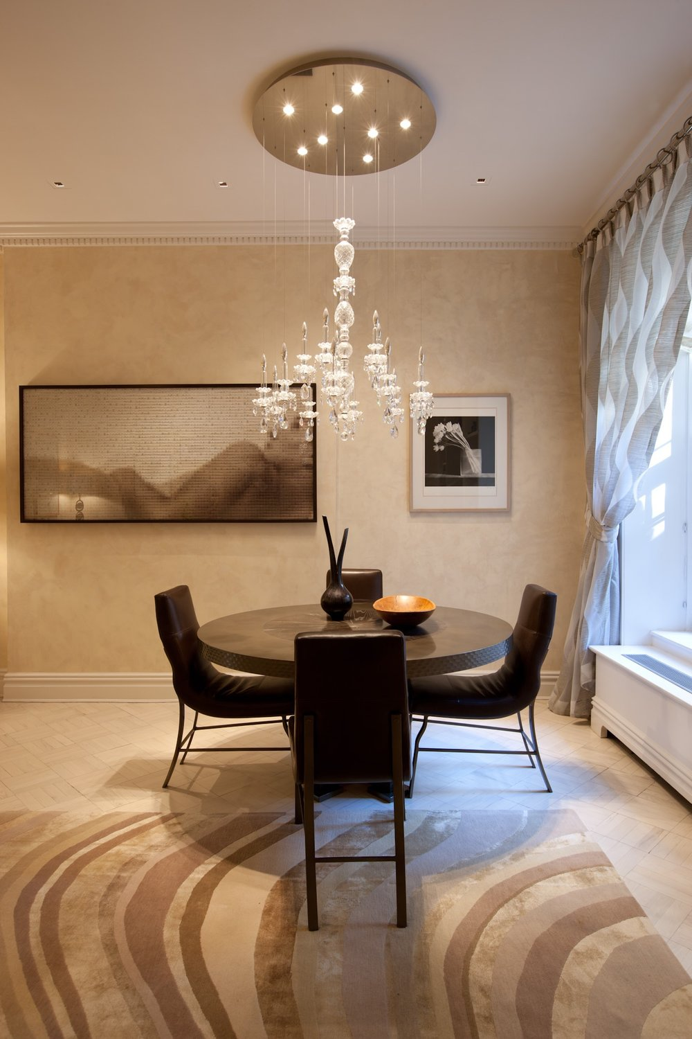 sophie-harrison-amathea-luxury-interior-design-for-professional-women-neutral serene modern dining room.jpg