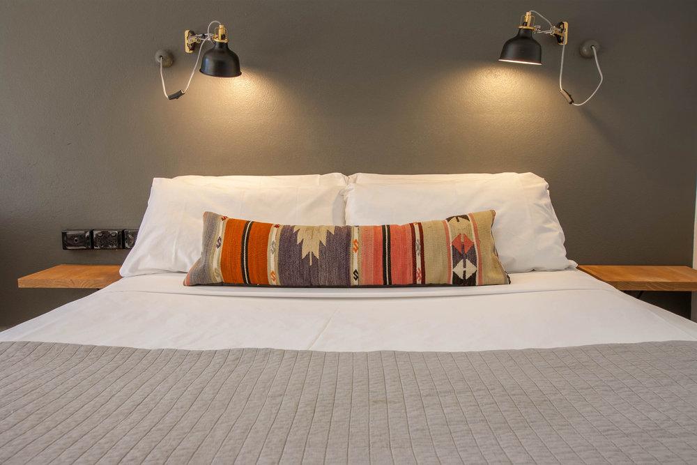 Motel Nomad relax.jpg