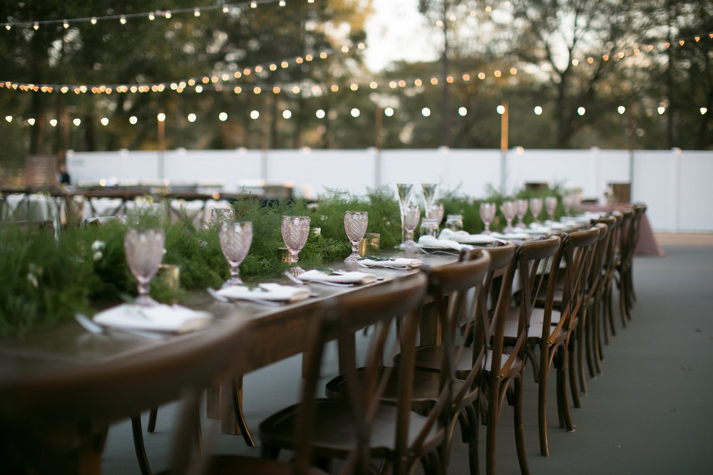 Bluegrass Chic - Farm Tables Family Style