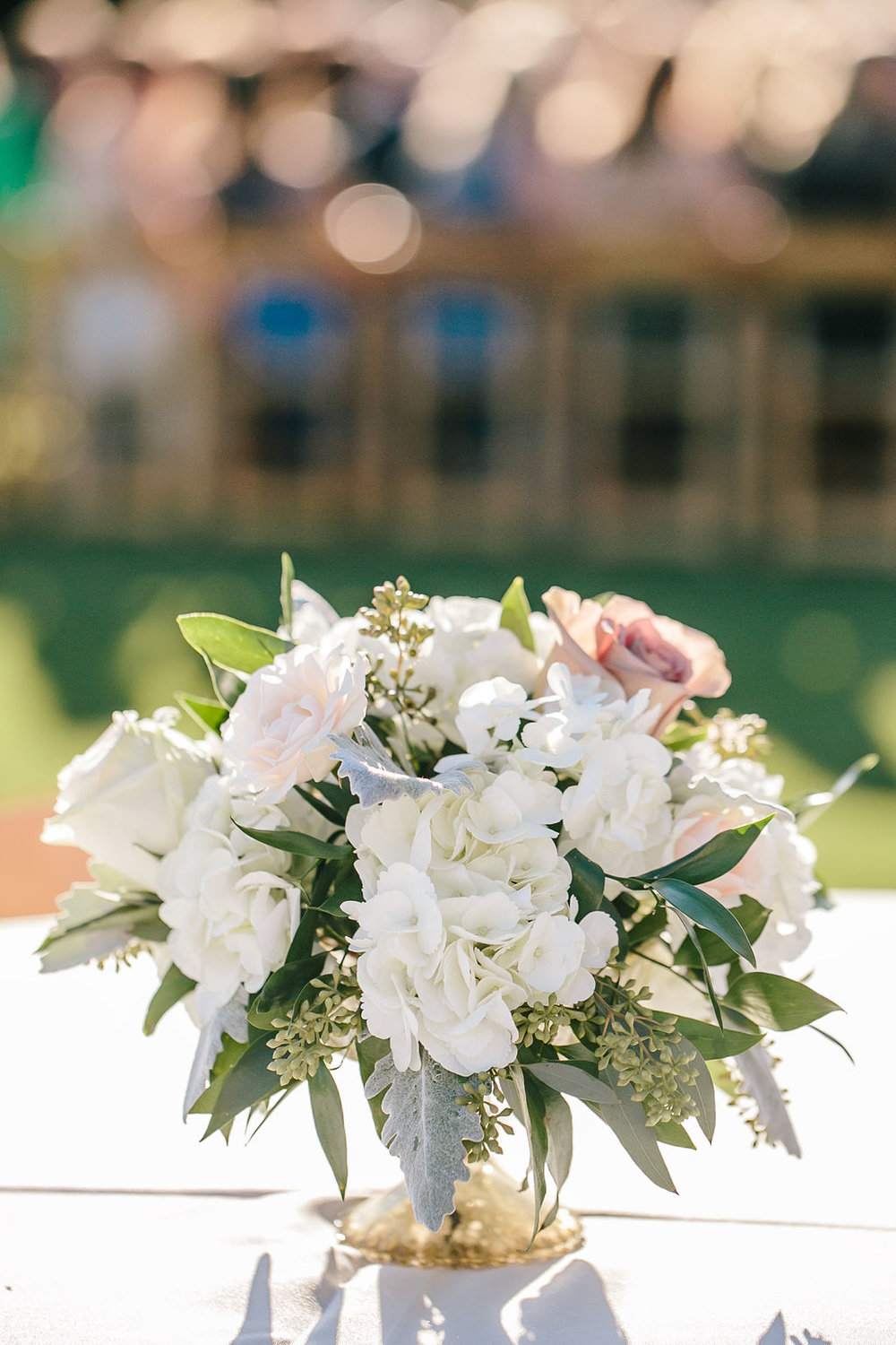 Bluegrass Chic - Ivory Cocktail table flowers