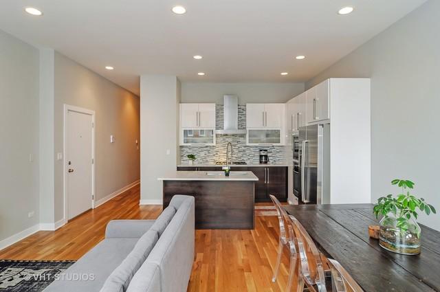 816 N Wood, 3 bed 3 bath, $649,900
