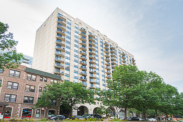 1250 N LaSalle Unit 1412, 1 Bed 1 Bath, $1,950