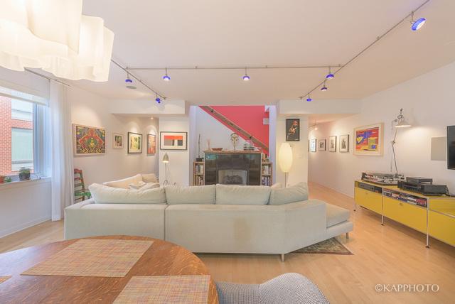 26 N May, 3 bed 2.5 bath duplex, $899,000
