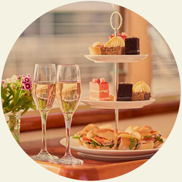 ChampagneCircle.jpg