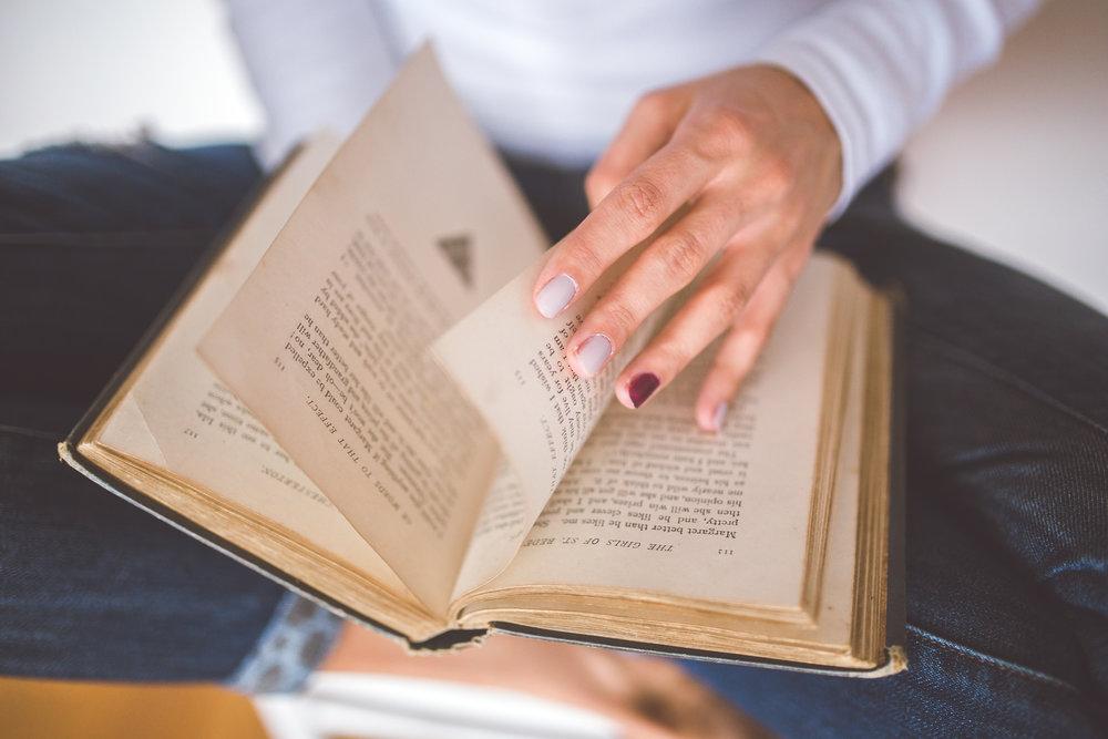 hand-vintage-old-book.jpg