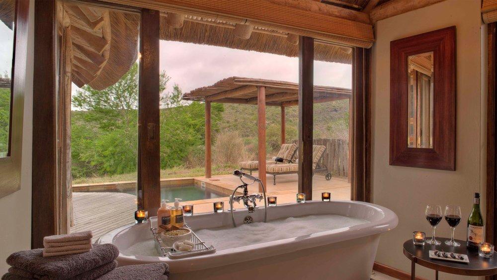 Modern-Ensuite-Bathroom-at-Kwandwe-Great-Fish-River-Lodge.jpg