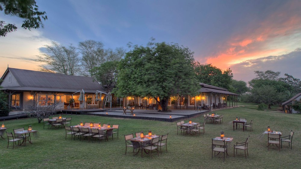 Header-guest-area-at-andbeyond-kirkmans-kamp-on-a-luxury-sabi-sand-safari-in-south-africa.jpg