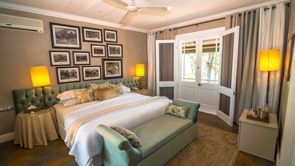 suite-interior-at-andbeyond-kirkmans-kamp-on-a-luxury-safari-in-south-africa.jpg