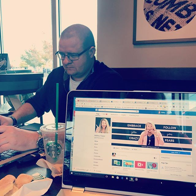 I convinced my husband to work at @starbucks today so I would have some company while I check on my FB ads!  Where are you working from today?