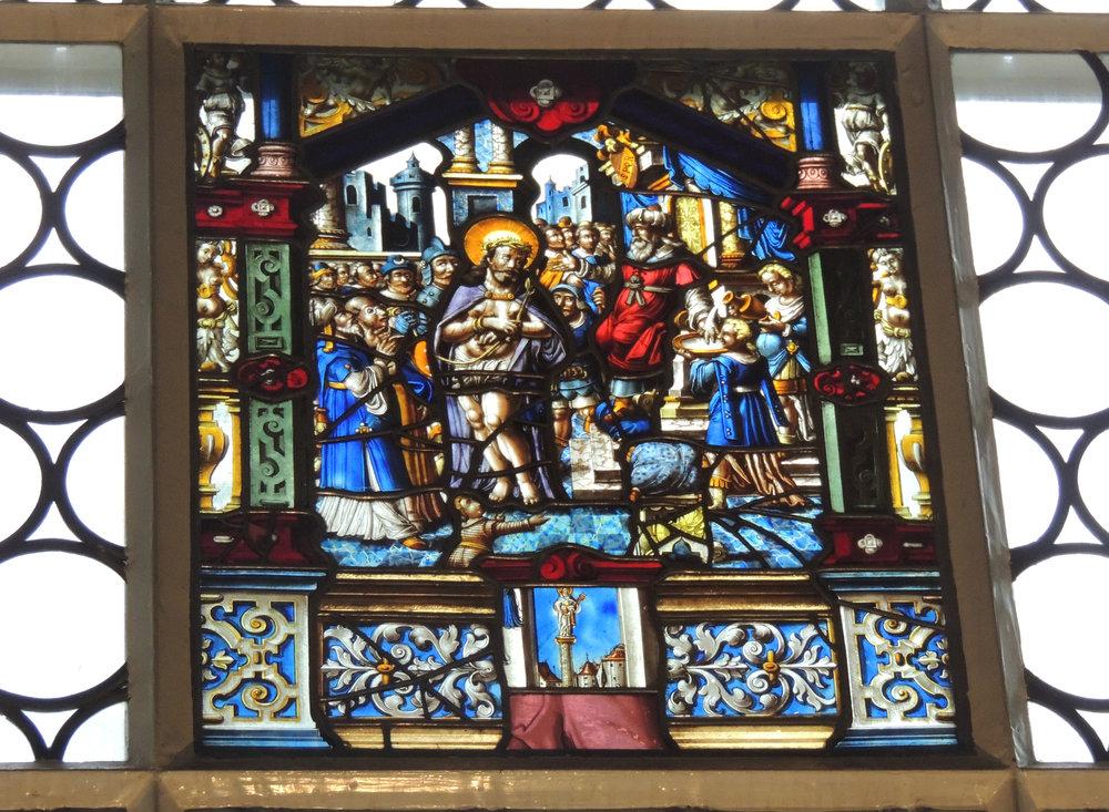 L'un des vitraux de la chapelle von Roll de Kreuzen