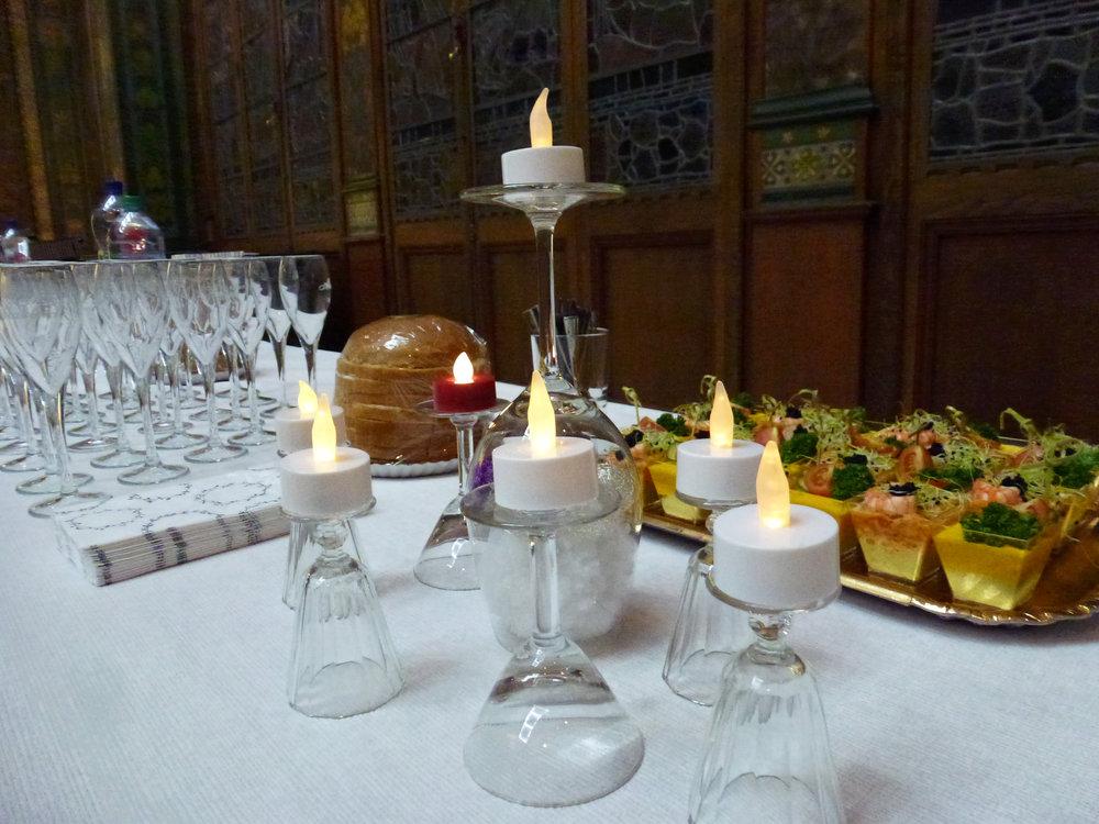 Décor des tables, admirable d'imagination et de finesse, comme l'ont relevé les invités