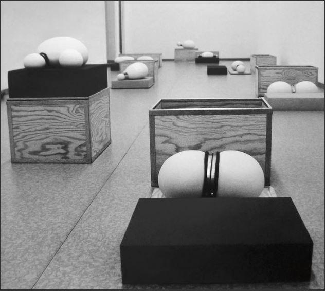 """Chantal Michel  Brutto, Tara, Netto (1994), exposition """"Feu sacré"""" au Kunstmuseum"""