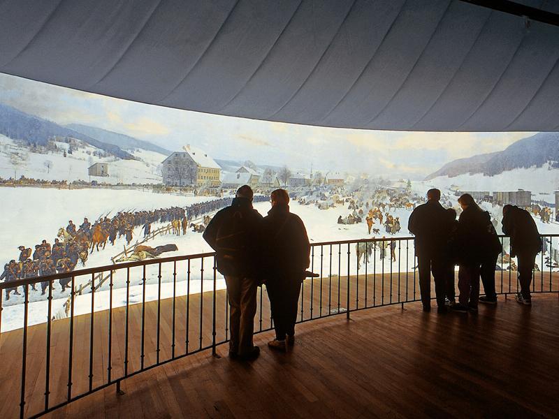 Le panorama Bourbaki à Lucerne est l'une des dernières peintures circulaires géantes du 19e siècle qui ait pu être conservée.