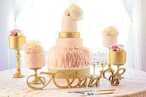 Davis - McCants wedding Cake.jpg