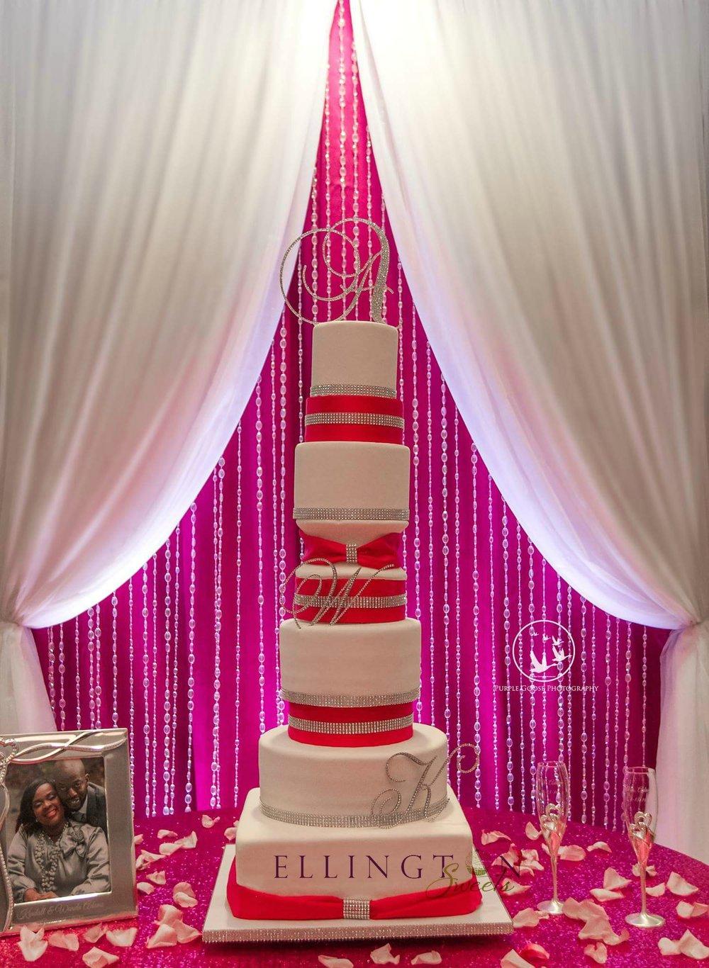 Fushia cake with bling.jpg