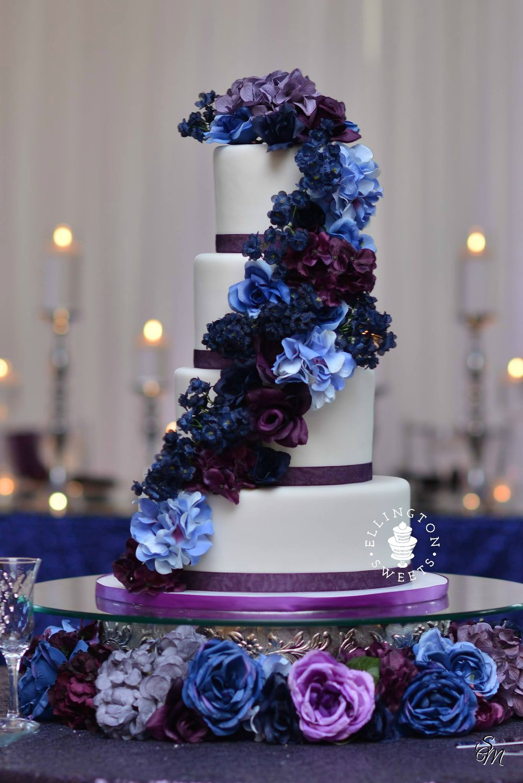 Marshall wedding cake 3.jpg