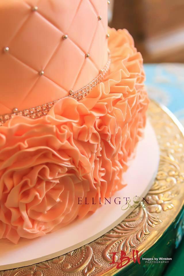 peach fondant ruffle cake closeup.jpg