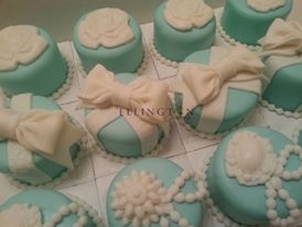 tiffany themed mini cakes.jpg
