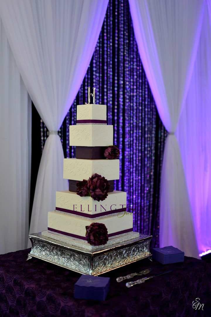 Kenneth&Denees wedding cake.jpg