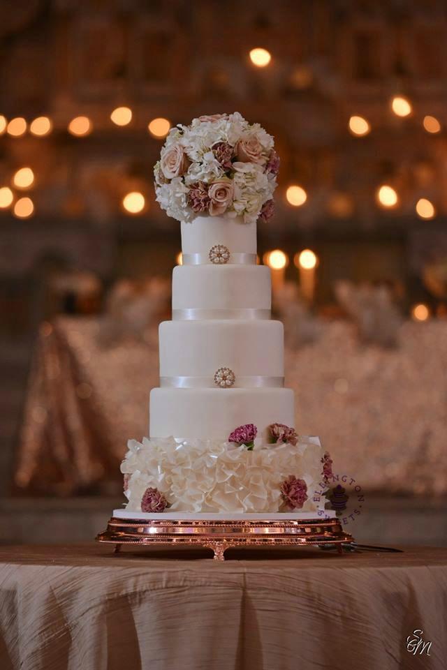Worthy - Wheeler wedding cake 2018.jpg