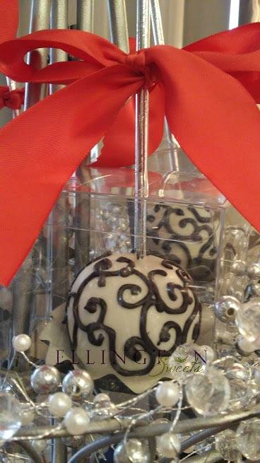 Favors - candy apples.jpg