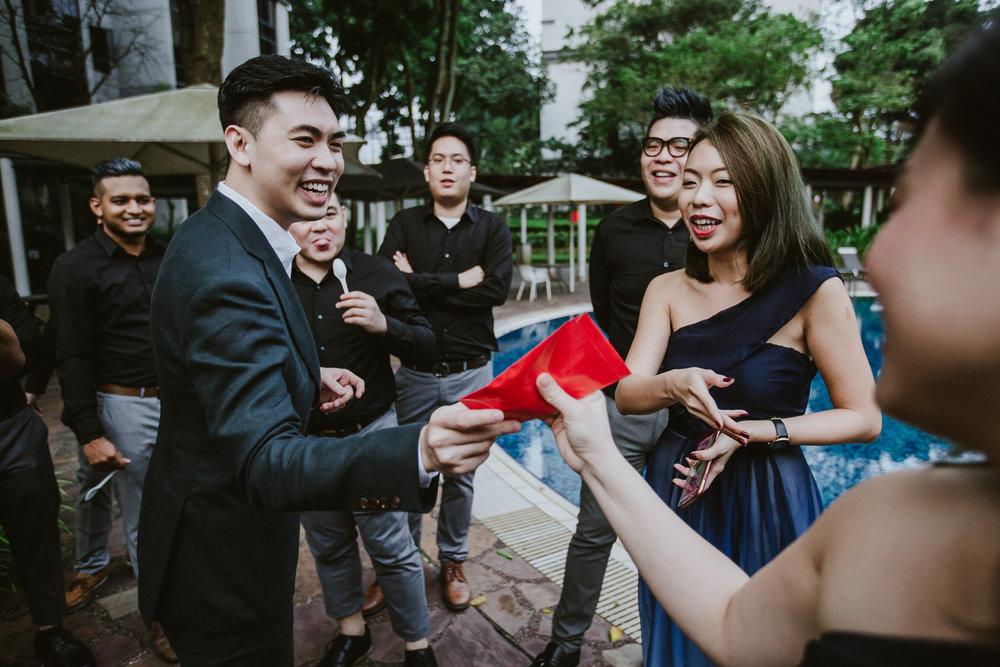 Singapore+Actual+Day+Wedding+Photographer+Raffles+Town+Club+Jeremiah+Christina-0014.jpg