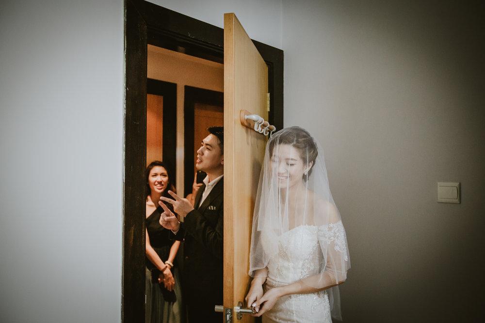 Singapore+Actual+Day+Wedding+Photographer+Raffles+Town+Club+Jeremiah+Christina-0031.jpg