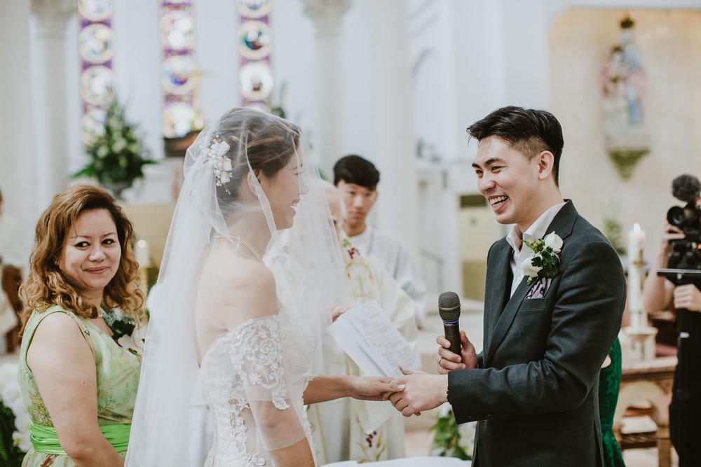 Singapore+Actual+Day+Wedding+Photographer+Raffles+Town+Club+Jeremiah+Christina-0055.jpg