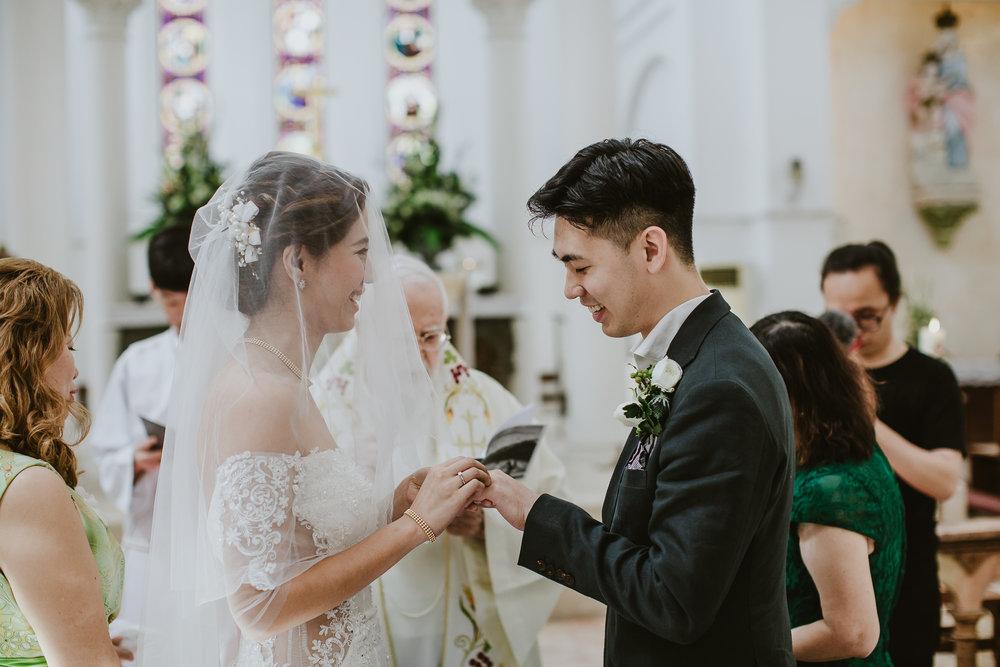 Singapore+Actual+Day+Wedding+Photographer+Raffles+Town+Club+Jeremiah+Christina-0056.jpg