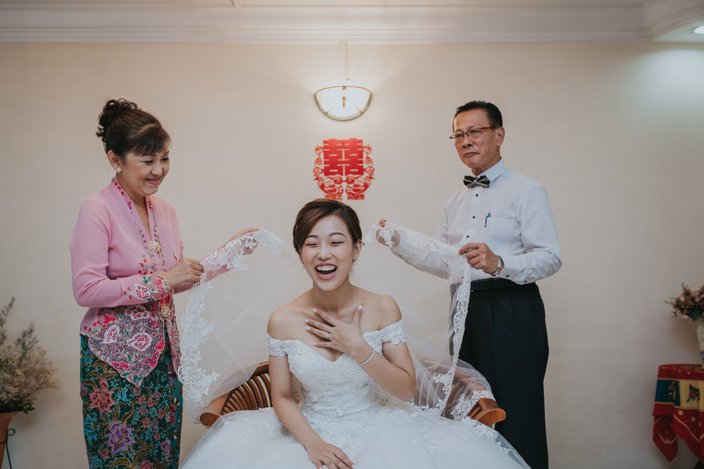 Singapore+Actual+Day+Wedding+Photographer+Grand+Mercure+Oliver+Estelle-0016.jpg