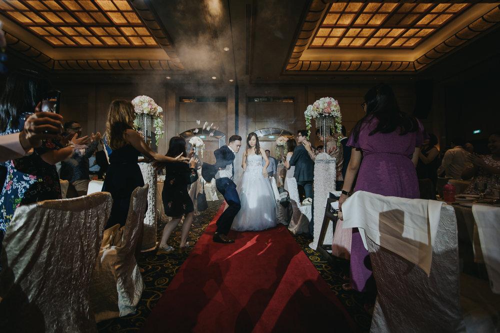 Singapore+Actual+Day+Wedding+Photographer+Grand+Mercure+Oliver+Estelle-0099.jpg