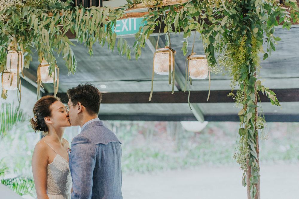 Singapore+Wedding+Photographer+Tamarind+Hill-0002.jpg