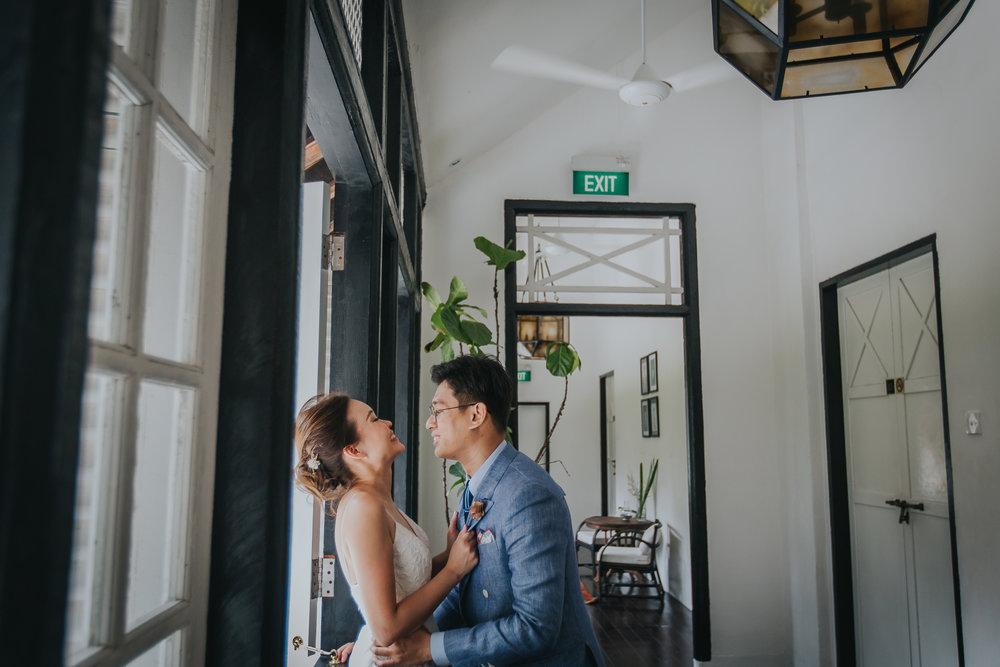 Singapore+Wedding+Photographer+Tamarind+Hill-0019.jpg