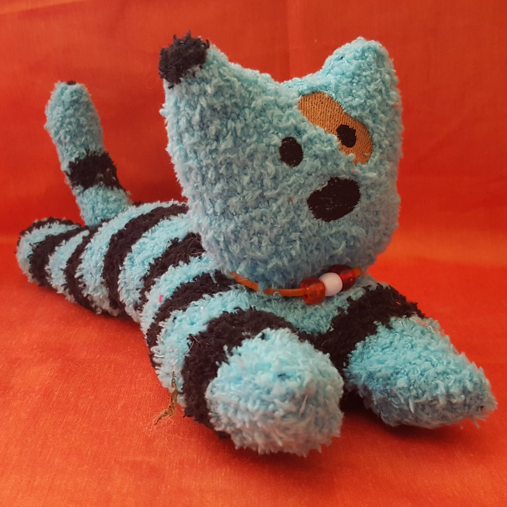 Learn to sew a SOCK CAT