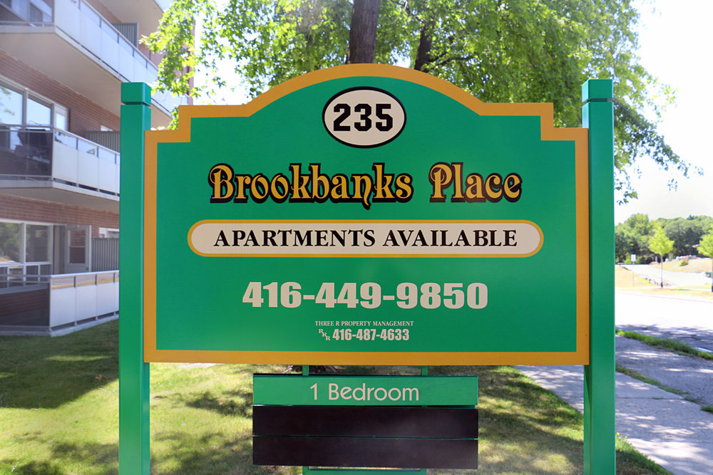 3R06 - 235 Brookbanks Drive - Photo2 Sign.jpg