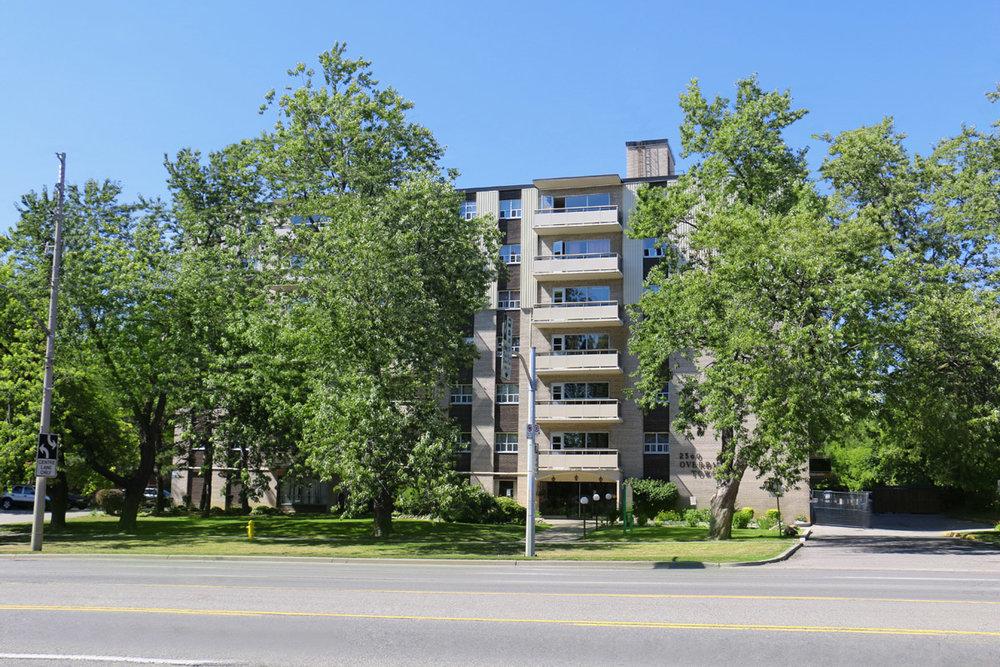 3R11 - 2360 Eglinton Avenue - Photo6 Building.jpg
