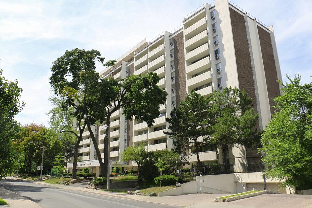 3R14 - 70 Delisle - Photo1 Building.jpg