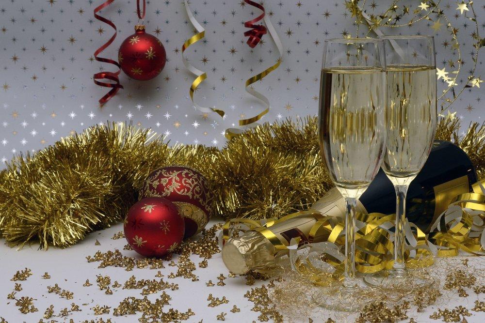 alcohol-anniversary-bottle-261459.jpg