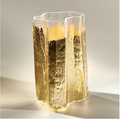 Large Weathered Gold Vase Sprezzatura