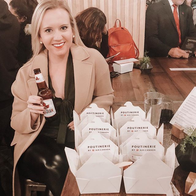 {H U G E} thank you to @aircanada for hosting me at their Pop-Up Poutinerie last night 🍟 The atmosphere was charming, the poutine and beer was DELICIOUS, and all of the proceeds are going to @marthastable which is such a worthy cause. They're open through Thursday so if you're in the DC area make sure to swing by! #aircanada #ad #sponsored