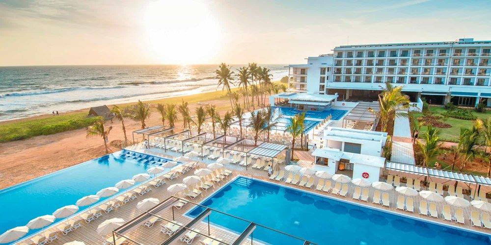 new-slide-hotel-riu-sri-lanka_tcm55-179813.jpg
