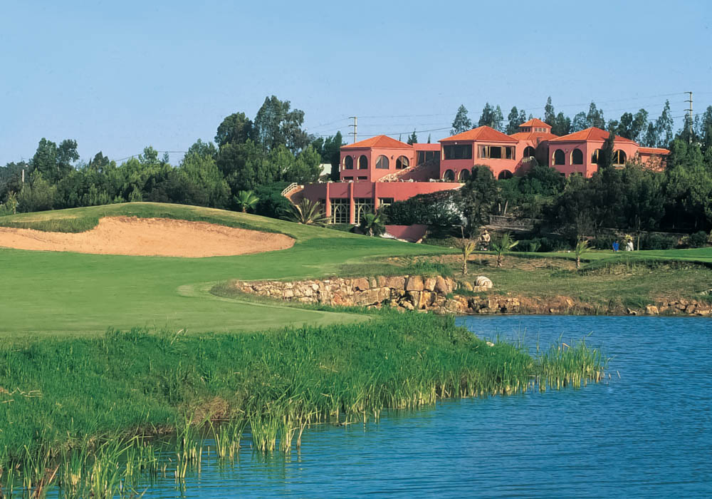 CASABLANCA - If you love culture and heritage, and also love playing golf, Casablanca will suit you very well indeed. The city has several excellent courses, one of which is the centrally located Royal Golf Anfa.KNOW MORE
