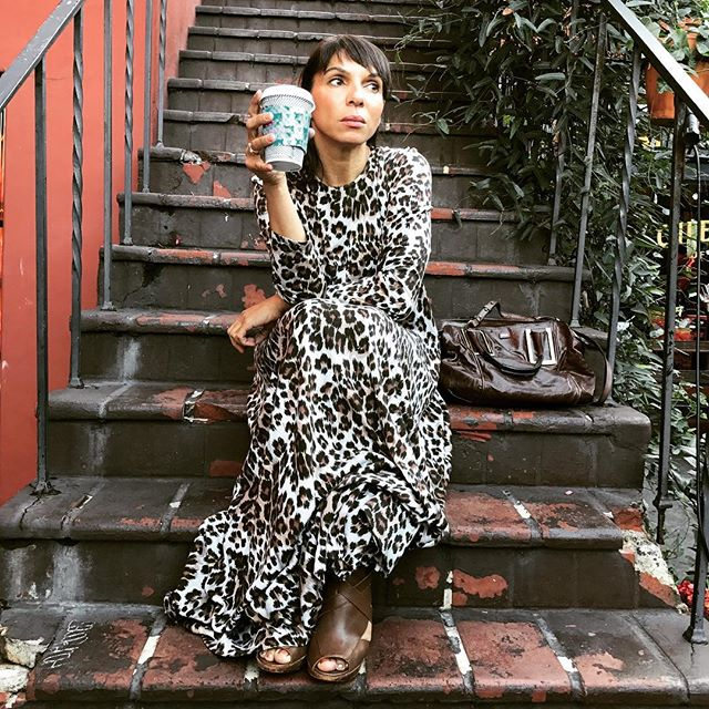 Urban jungle- #losangeles #silverlake #coffee #break #vintagestyle #dvf #vintage #dress #leopard #maxidress #70s #vintageclothing #classic #iconic #favoritedress #chloe #bag #l4l #photoshoot #ontheroad #californiagirl #californiastyle #musiclife #musician #musicianlife #musiciansofinstagram #lifeincolor #citylife #citygirl #lifeisbeautiful