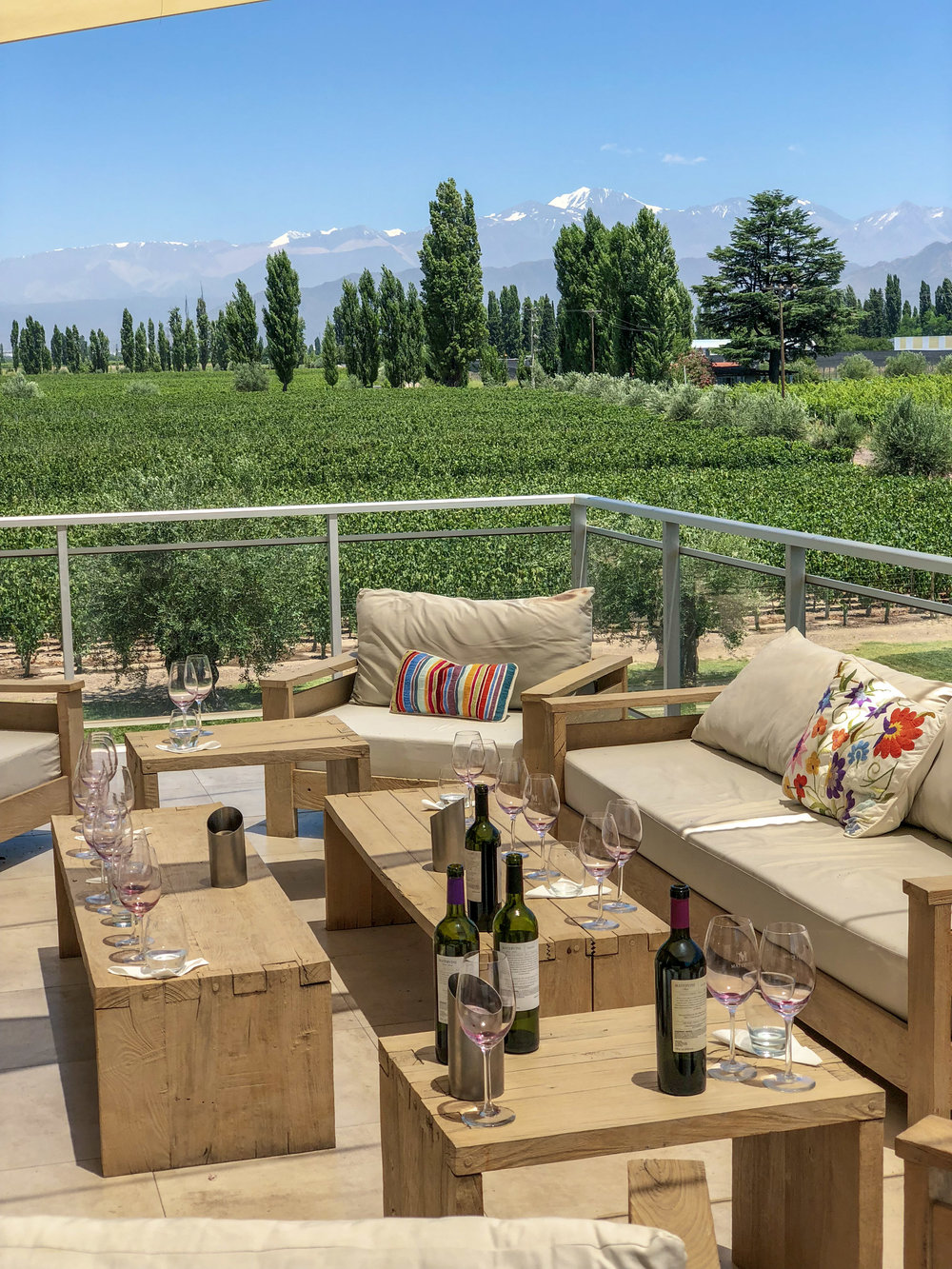 Outdoor tasting area at Matervini.