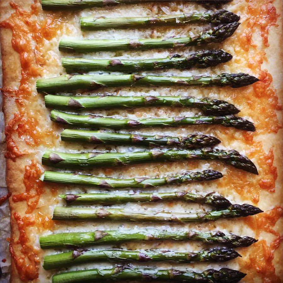 asparagus-cheese-bread.jpg