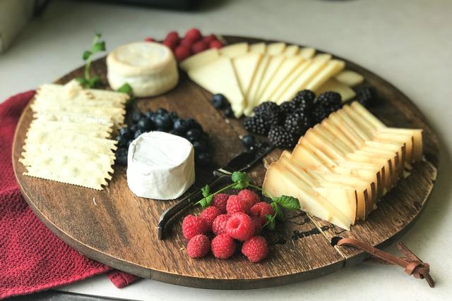 summer-cheese-plate-redhead-creamery-artisan-farmstead.jpg & Summeru0027s Perfect Cheese Platter u2014 Redhead Creamery