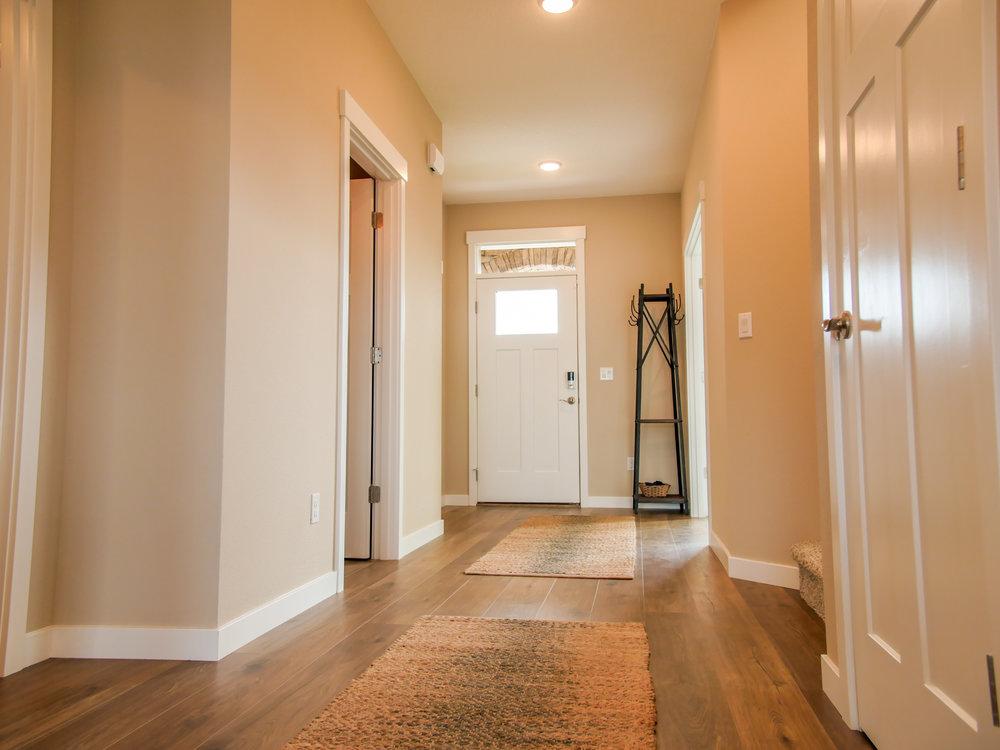 2260 Interior 3.jpg