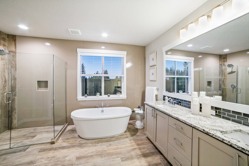 028 REDUCED 15185 Abernethy Crossing Model Home.jpg