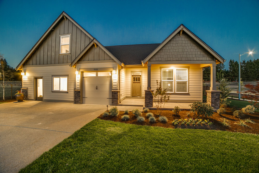 001 REDUCED 15185 Abernethy Crossing Model Home.jpg